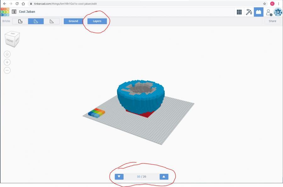 Skærmbillede fra 3D-programmer Tinkercad med en figur af LEGO-klodser i lag